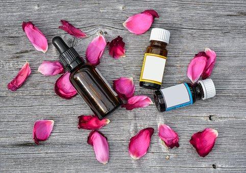 essential-oils-2536471__340
